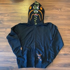 Bape X undefeated hoodie size L